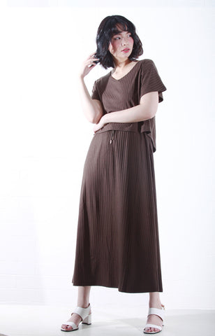 Knit Maxi Dress with Sleeves in Olive Green