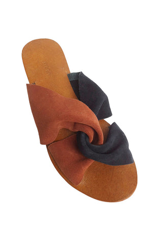 Vivienne Slip On - Rust & Navy