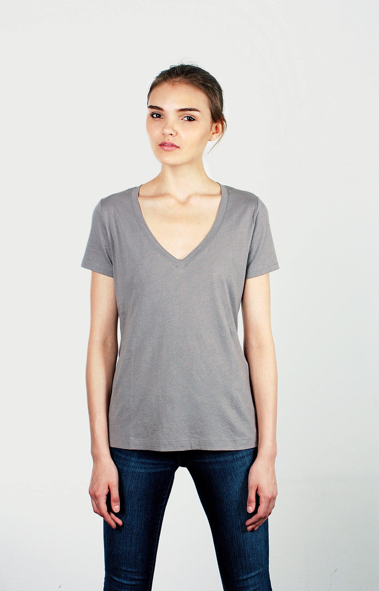 Women's S/S V-Neck Tee - Blush