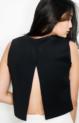 Cara Top in Black