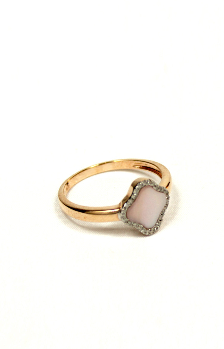 Classic Mother of Pearl Clover Ring