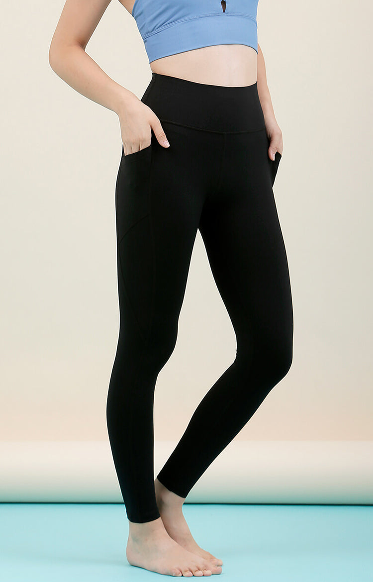 Radiate High-Rise Performance Tights in Black