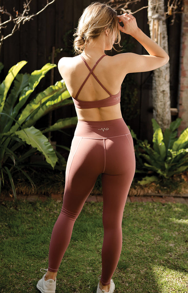 Radiate High-Rise Performance Tights in Marsala