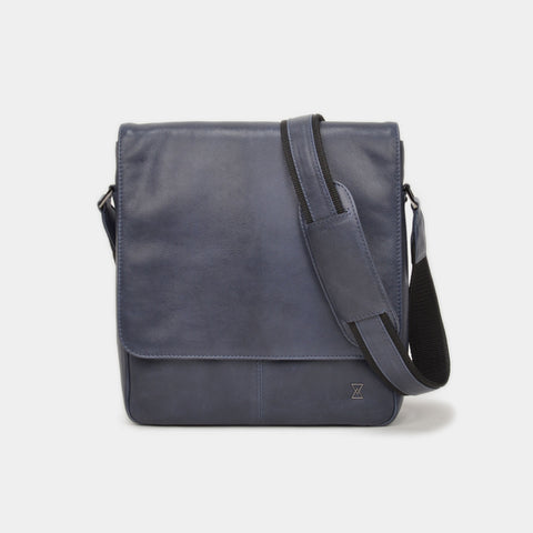 TERRACOMO New York Mens Joshua Field Messenger