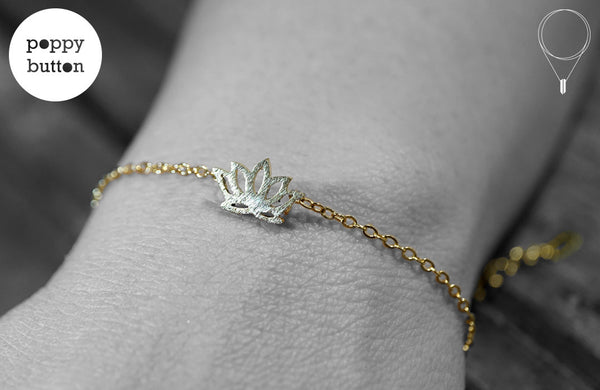 Gold or silver plated stainless steel lotus flower bracelet - Poppy Button Design - 1