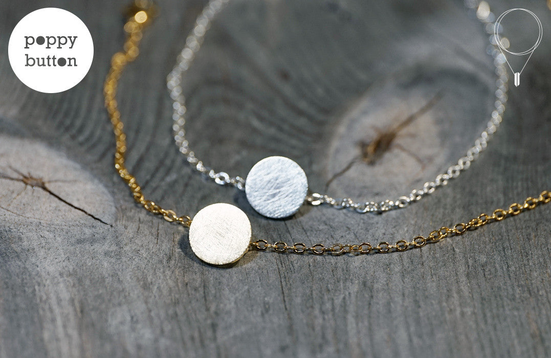 Gold or silver plated stainless steel round disc with texture bracelet - Poppy Button Design - 4