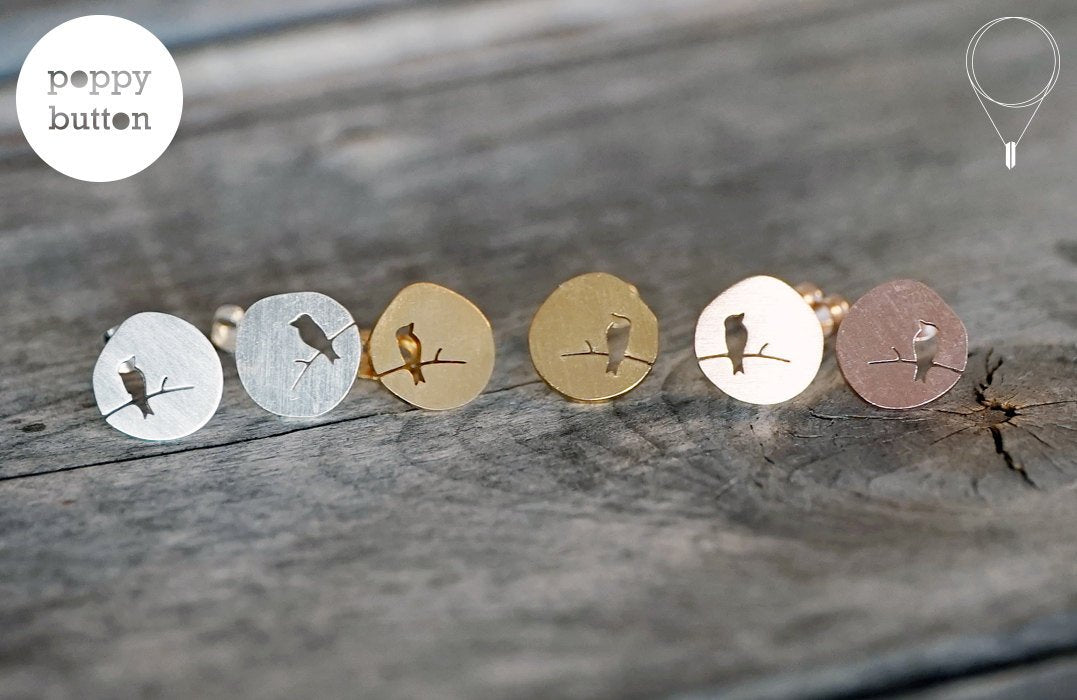 Matte circle bird stud earrings