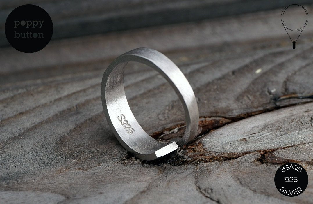 Minimalist sterling silver ribbon ring (SI_RI00018)