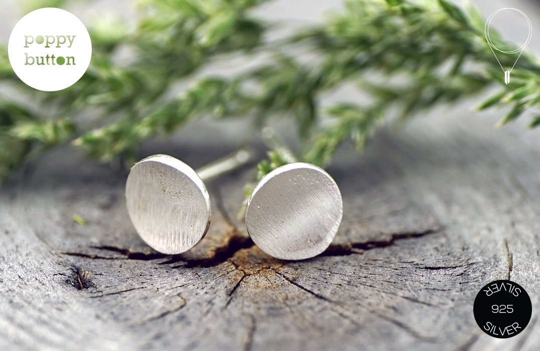 Dainty 7mm curved circle round brushed silver stud earrings