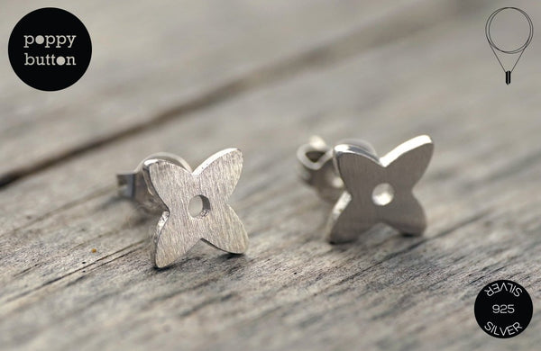 925 Silver tiny quad flower stud earrings