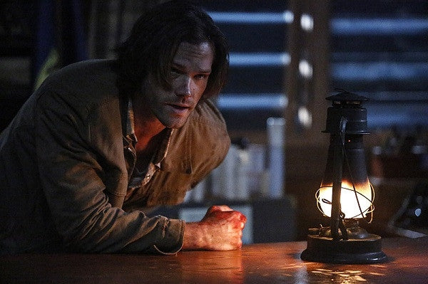 'Supernatural' Season 11 Spoilers: Werewolf Shoots Sam In Episode 17 'Red Meat' [TRAILER]