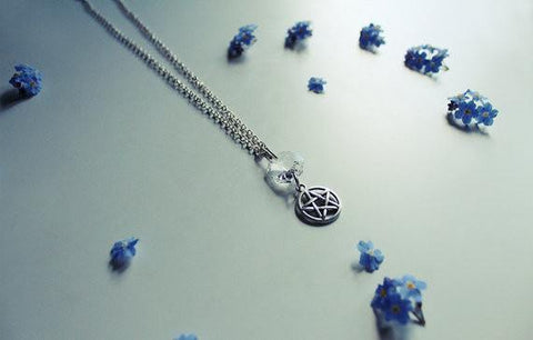 Clear Quartz Necklace With Pentagram Charm - Silver Plated - 43cm - Necklace - Supernatural-Sickness