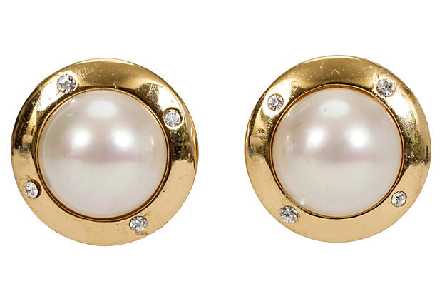 Oversize Christian Dior Pearl Earrings