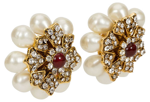 1970s Chanel Gripoix & Pearl  Earrings