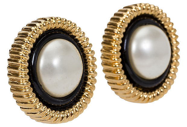 1970s Chanel Oversize Pearl Earrings