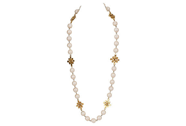 Chanel Pearls & Clovers Sautoir Necklace