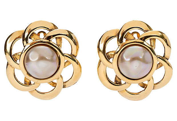 Chanel Flower Pearl Earrings