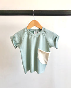 Pocket tee/ Powder blue