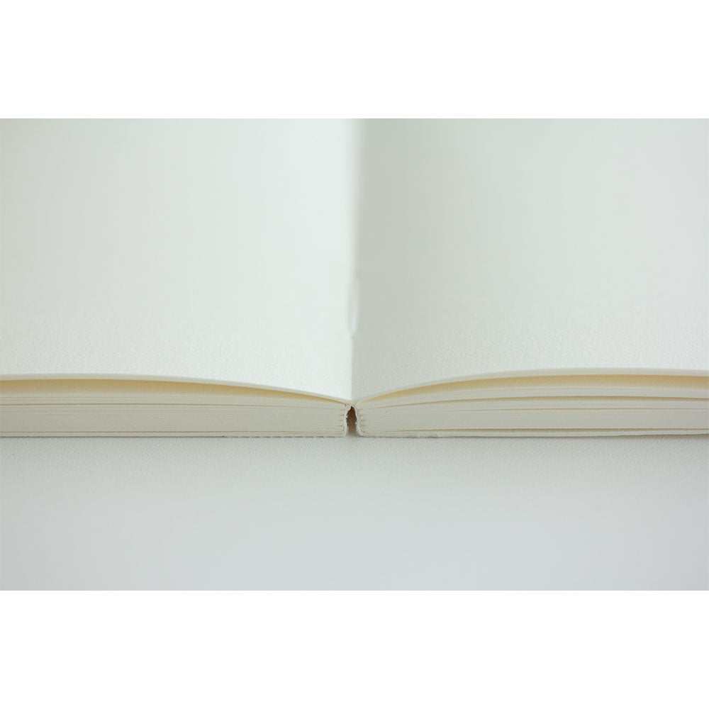 Midori MD Notebook - (A4) - Cotton/blank pages - NOMADO Store