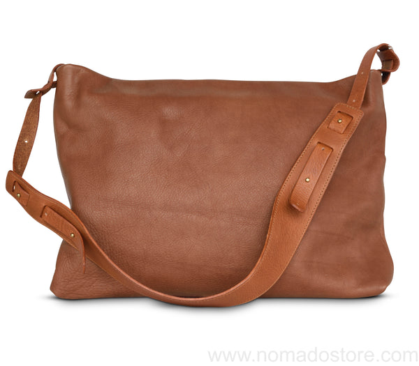 .urukust Leather Shoulder Bag L Brown