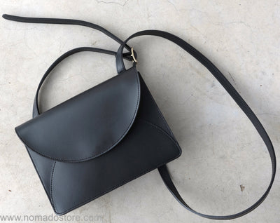 i ro se Fold Mini Shoulder Bag (Black) - NOMADO Store