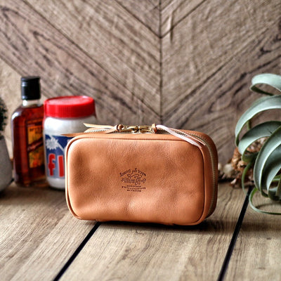 The Superior Labor Utility Leather Case (natural, light brown, black) Preorder