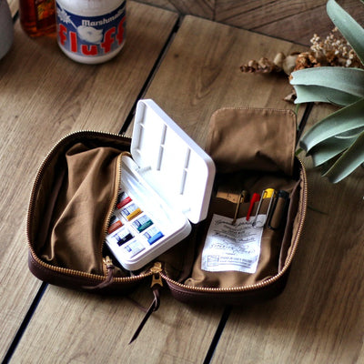 The Superior Labor Utility Leather Case (natural, light brown, black)