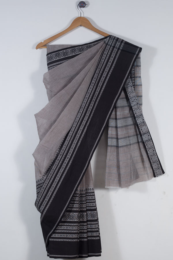 Grey Begampur Skirt Border Saree