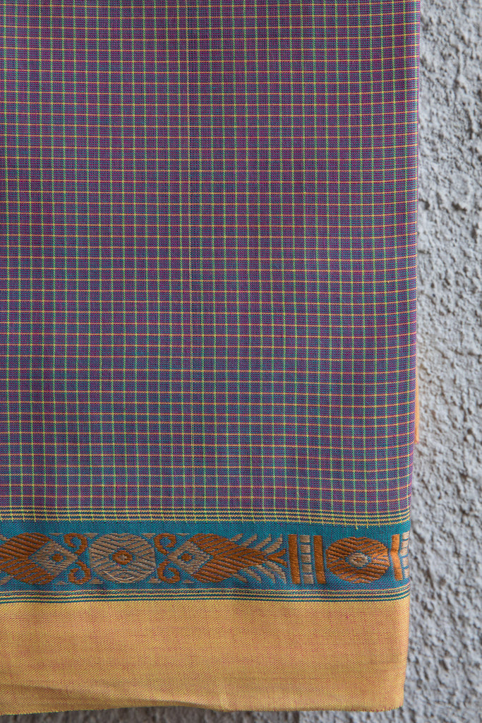 Fish Border Checkered Saree