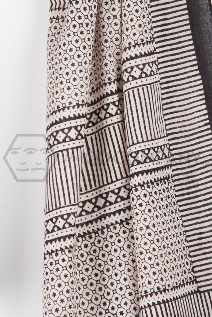 Black and White Bagh Print Stole