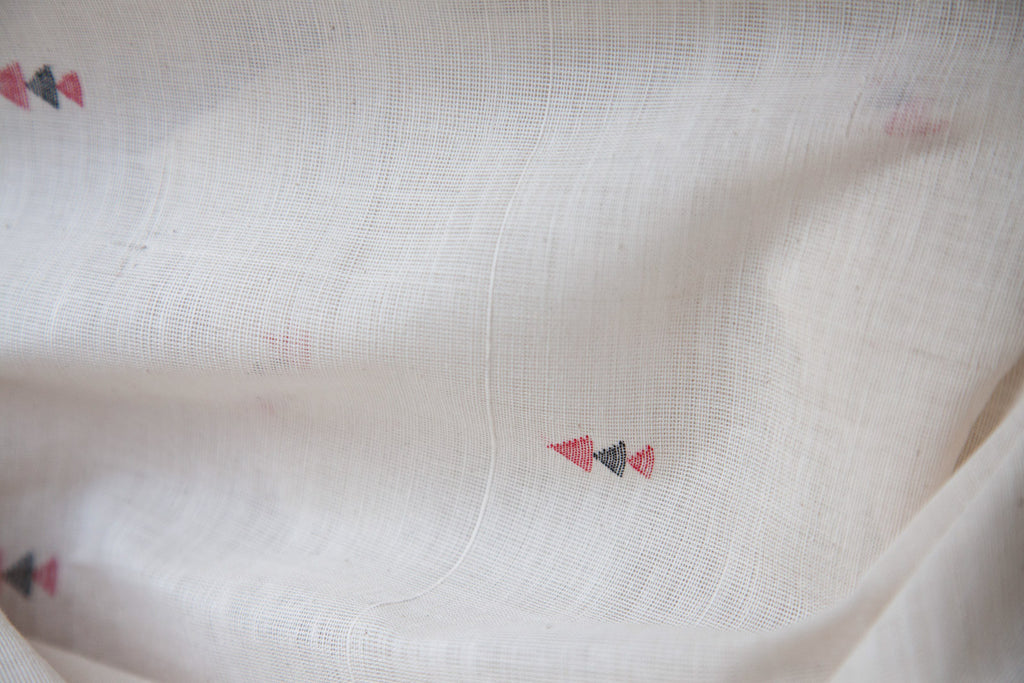 3 Jaamdani Triangles Pattern on Khadi Kora (per meter)
