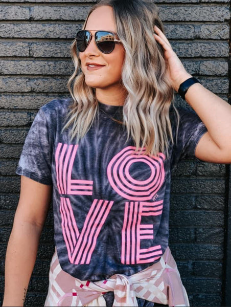 Retro Love Tie Dye Graphic Tee - Black
