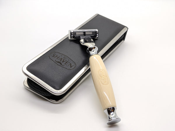 white acrylic cartridge mach3 compatible razor with travel case