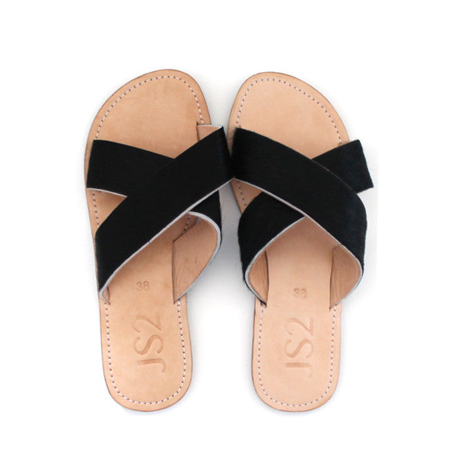 Black Crossover Bali Slide | Lovelee Soles
