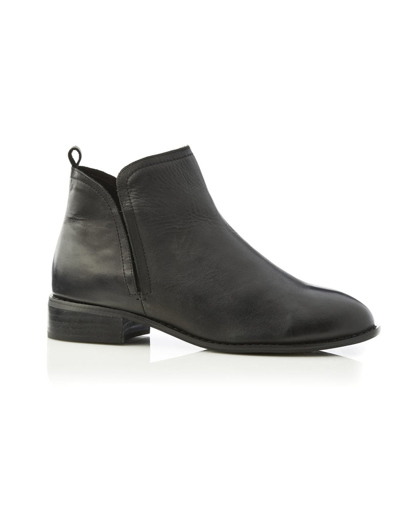 Douglas Boot Black Top