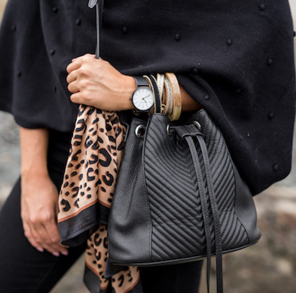 Black Drew Bucket Bag | Lovelee Soles