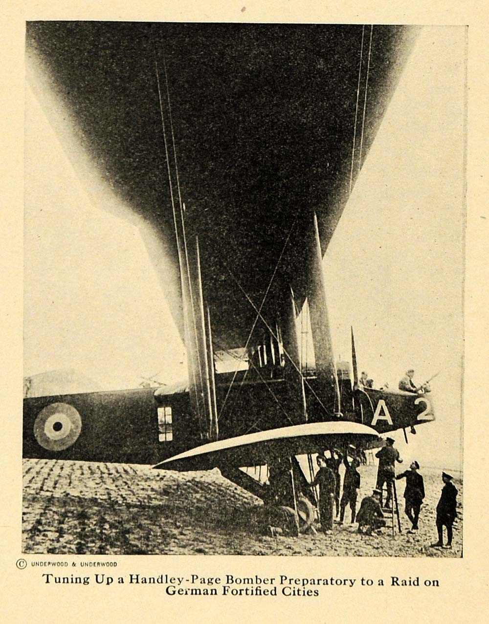 1918 Print Handley-Page Bomber Plane Tune Up Raid WWI - ORIGINAL HISTORIC ILW2