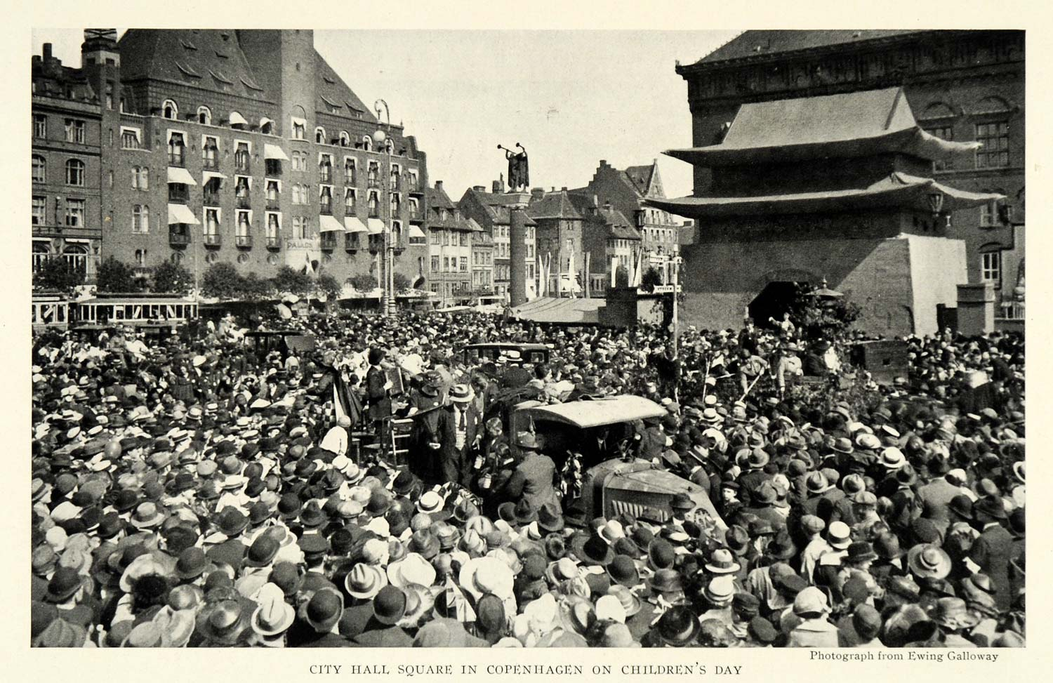 1922 Print City Hall Square Copenhagen Denmark Crowd Children's Day NGM1