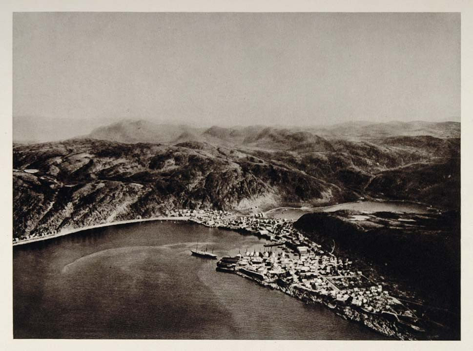 1930 Aerial View Hammerfest Norway Photogravure NICE - ORIGINAL PHOTOGRAVURE SC2 - Period Paper