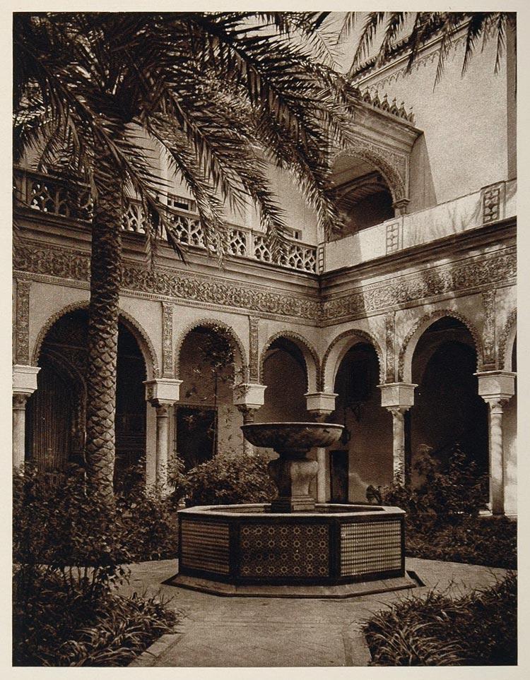 1925 Patio Fountain Duke Alba Palace Seville Sevilla - ORIGINAL PHOTOGRAVURE SP1
