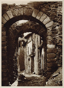 1925 Arch Street Casttellbo Pyrenees Pirineos Spain - ORIGINAL PHOTOGRAVURE SP1