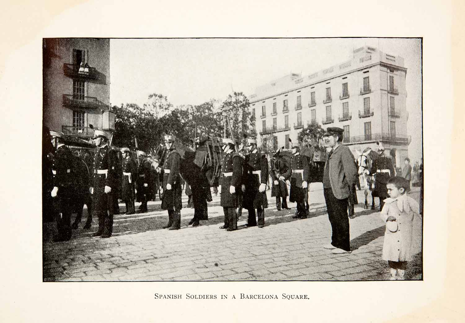 1904 Print Spanish Soldiers in a Barcelona Square Spain Military Uniform XGAB5