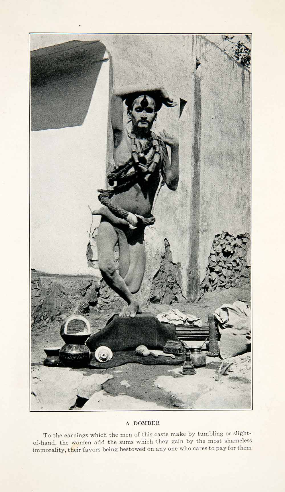 1929 Print Nepal Domber Magic Tumbling Lower Caste Costume Fashion XGFB7