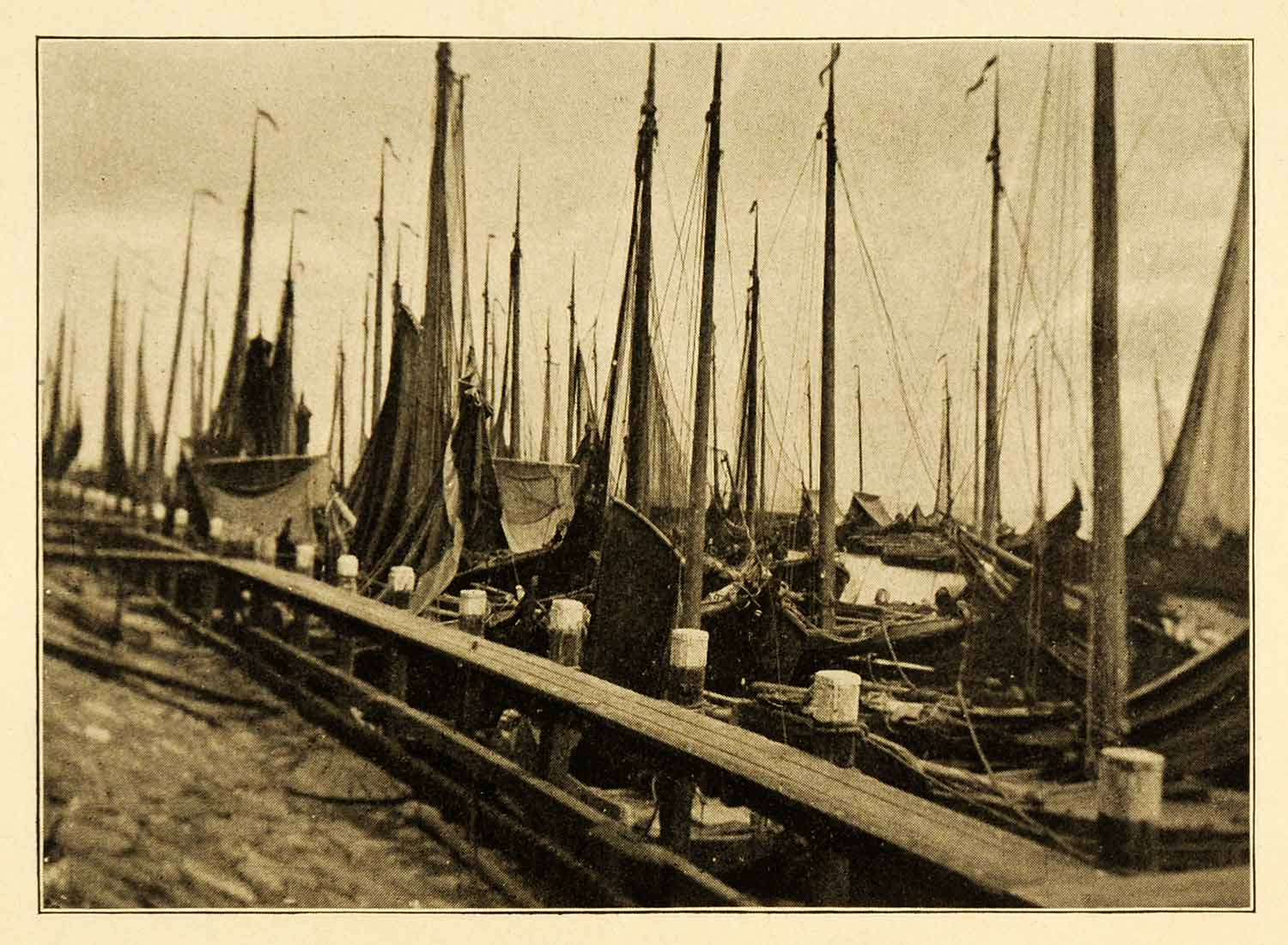1911 Print Vollendam Holland Harbor Ships Boats Marine Nautical Historic XGJ3