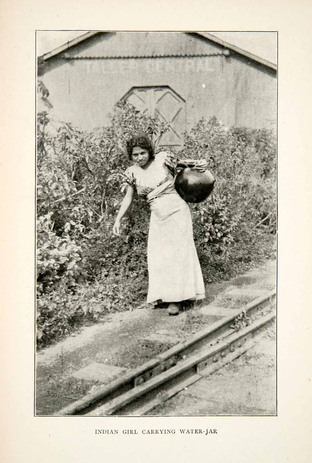 1880s Egyptian Woman With Water Jug Collectibles