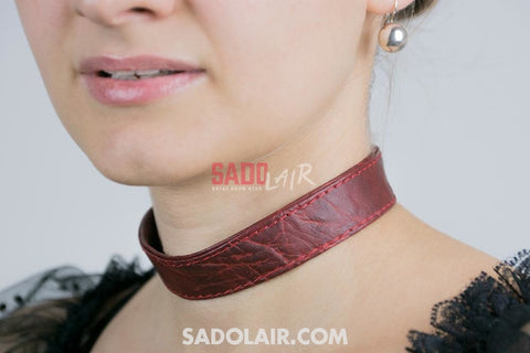 Classic Collar Dark Red Sadolair Collection