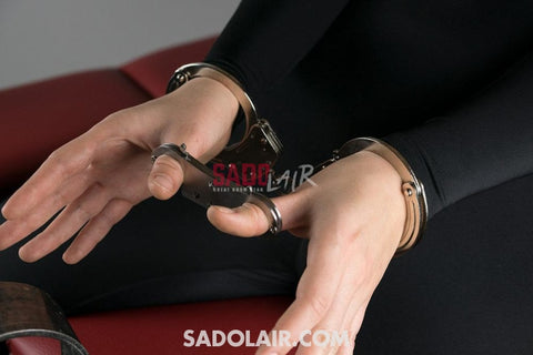 Thumb Metal Cuffs