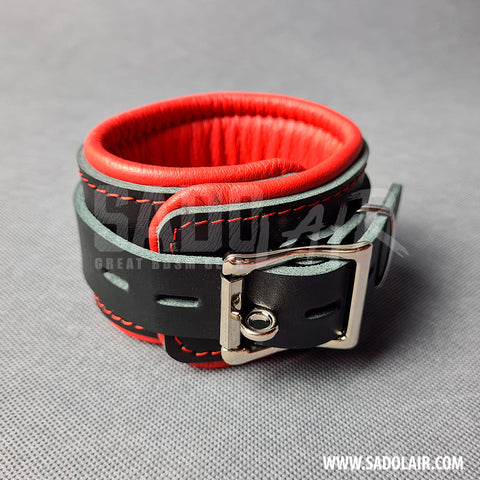 "Leather Padded BDSM Wrist Cuffs ""Luxury"" Red"