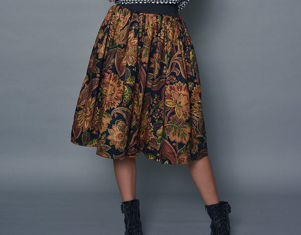 Medium Paisley Patterned A-Line Skirt