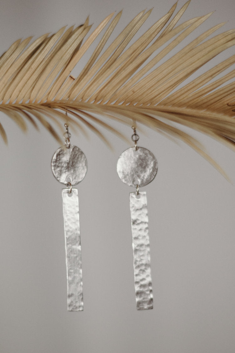 Dancing Lines Aluminum Earring (Circle & Long Rectangle)